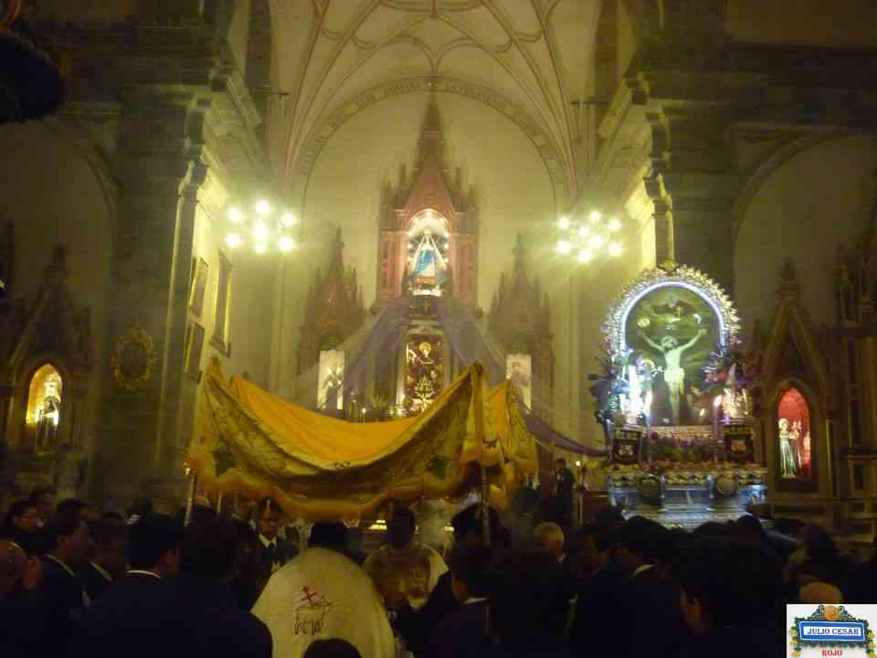 Retorno al Templo de San Francisco e inicio de la Misa de Fiesta 2014.