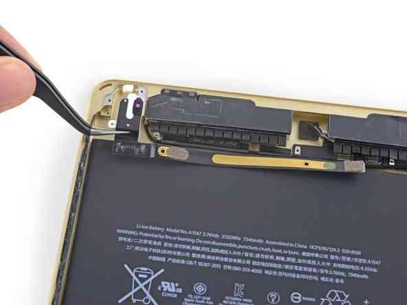 De esta forma se retiran los jack para los audifonos en el ipad air 2