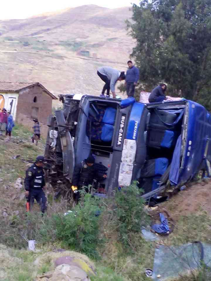 accidente-de-et-san-luis-en-ruta-sicuani-cusco-3