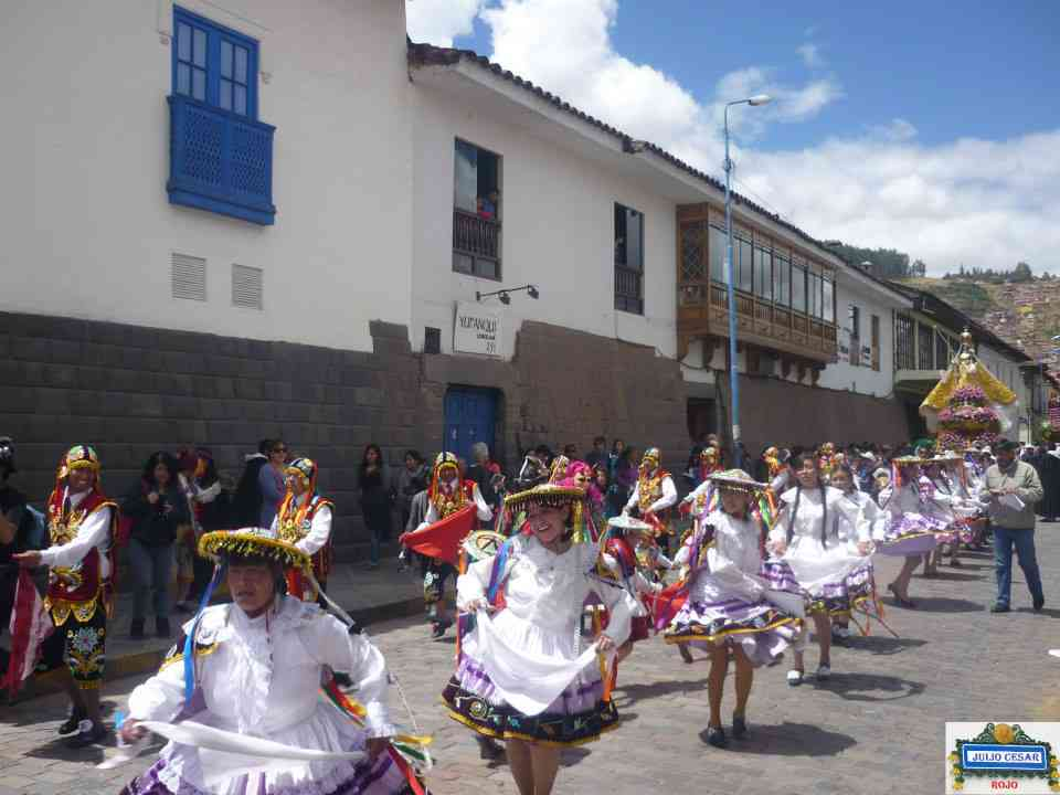 Procesion de la Virgen del Eosario Cusco
