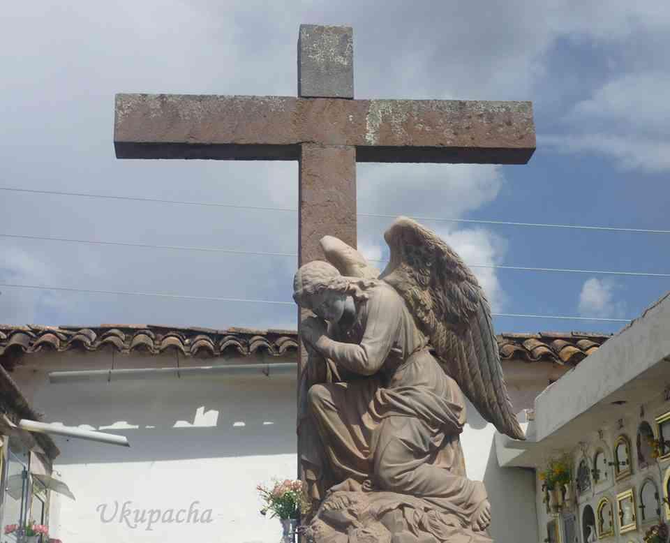 La Cruz del Cementerio de Almudena